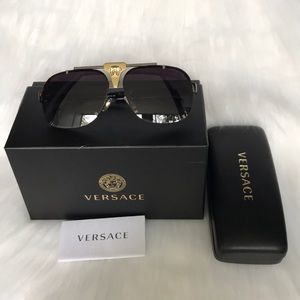 VERSACE sunglasses authentic 100% made in Italy